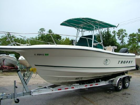 Trophy 2503 Center Console 2001 All Boats