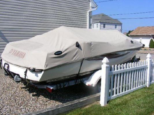 2001 yamaha jet boat ls2000  26 2001 Yamaha Jet Boat LS2000