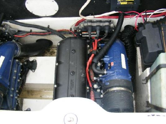 2001 yamaha jet boat ls2000  27 2001 Yamaha Jet Boat LS2000
