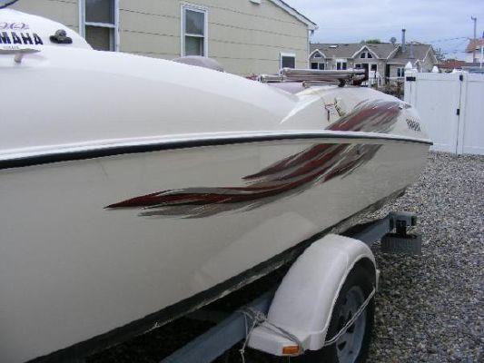 2001 yamaha jet boat ls2000  3 2001 Yamaha Jet Boat LS2000