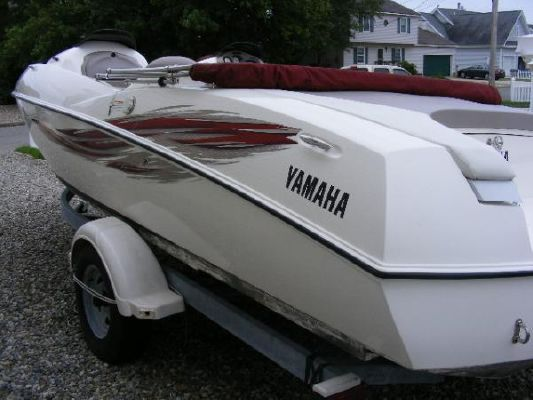 2001 yamaha jet boat ls2000  4 2001 Yamaha Jet Boat LS2000