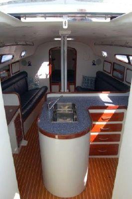 2002 aerodyne 38  9 2002 Aerodyne 38