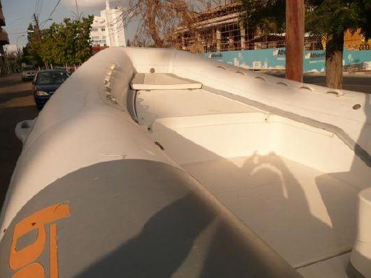 Bat 590 2002 All Boats