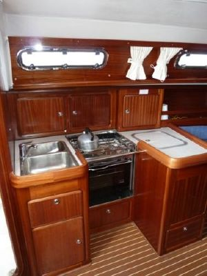 Boats for Sale & Yachts Bavaria 37 2002