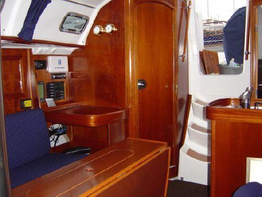 2002 beneteau oceanis 311 clipper  12 2002 Beneteau Oceanis 311 Clipper