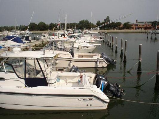 Boston Whaler OUTRAGE 2002 Boston Whaler Boats