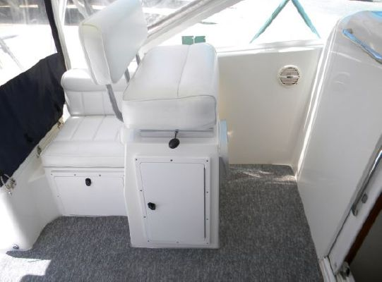 Cabo Yachts 31 Express 2002 All Boats