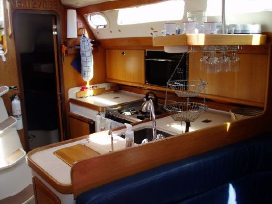 Catalina 2002 Catalina Yachts for Sale