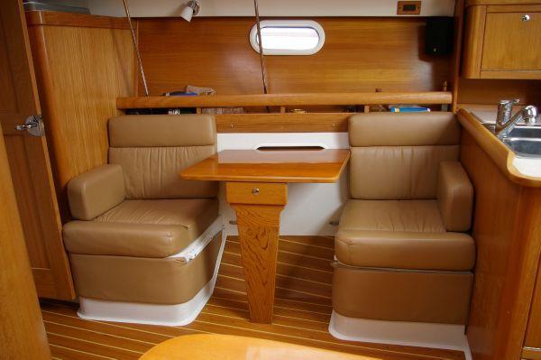 Catalina 350 2002 Catalina Yachts for Sale