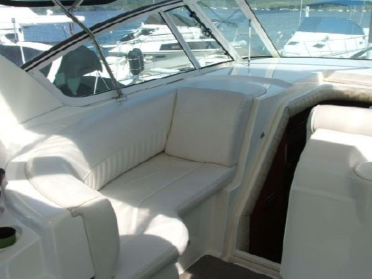 Cruisers Yachts 4450 Express Motoryacht 2002 All Boats Cruisers yachts for Sale
