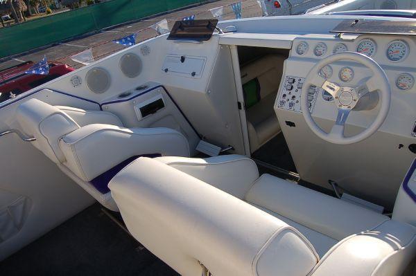 Eliminator 33 Daytona 2002 All Boats