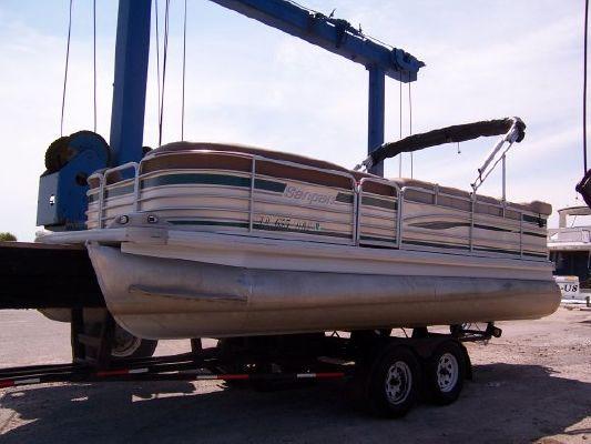 Godfrey San Pan 2200 RE 2002 All Boats