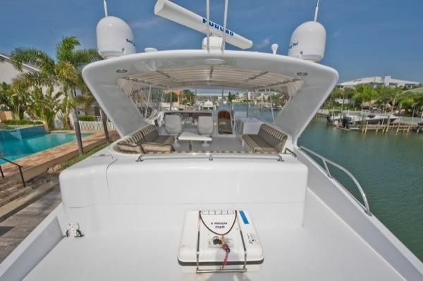 2002 hatteras 63 raised pilothouse motor yacht  10 2002 Hatteras 63 Raised Pilothouse Motor Yacht