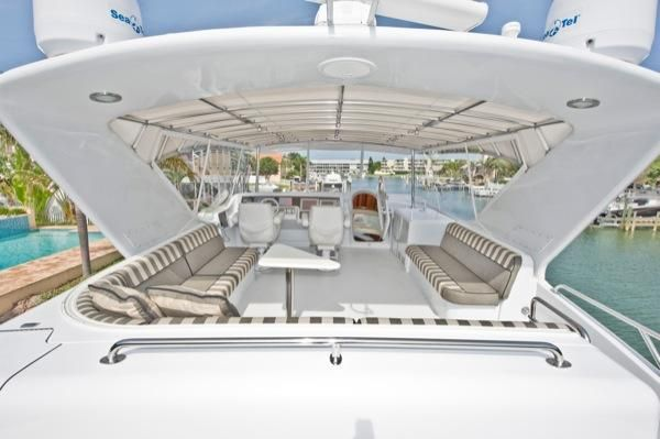 2002 hatteras 63 raised pilothouse motor yacht  11 2002 Hatteras 63 Raised Pilothouse Motor Yacht