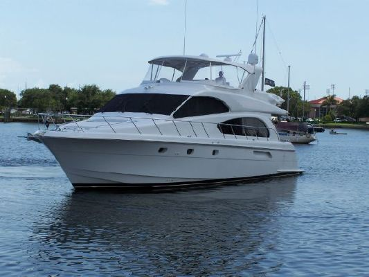 2002 hatteras 63 raised pilothouse motor yacht  3 2002 Hatteras 63 Raised Pilothouse Motor Yacht