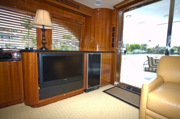 2002 hatteras 63 raised pilothouse motor yacht  31 2002 Hatteras 63 Raised Pilothouse Motor Yacht