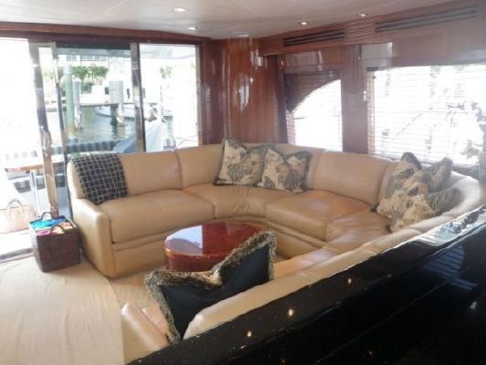 2002 hatteras 63 raised pilothouse motor yacht  39 2002 Hatteras 63 Raised Pilothouse Motor Yacht