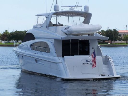 2002 hatteras 63 raised pilothouse motor yacht  4 2002 Hatteras 63 Raised Pilothouse Motor Yacht