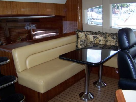 2002 hatteras 63 raised pilothouse motor yacht  40 2002 Hatteras 63 Raised Pilothouse Motor Yacht