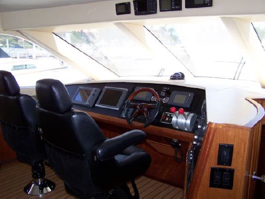 2002 hatteras 63 raised pilothouse motor yacht  42 2002 Hatteras 63 Raised Pilothouse Motor Yacht
