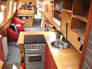Liverpool Boat Company Cruiser Houseboat 2002 Houseboats for Sale