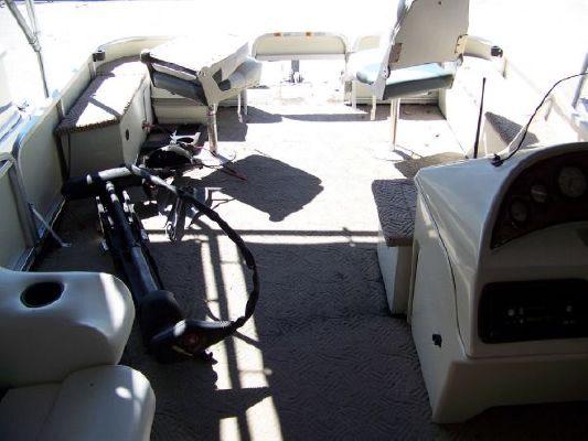 Lowe Suncruiser Trinidad 2002 All Boats
