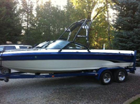 Malibu Sunscape 23 LSV 2002 Malibu Boats for Sale