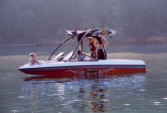 Malibu Wakesetter 2002 Malibu Boats for Sale