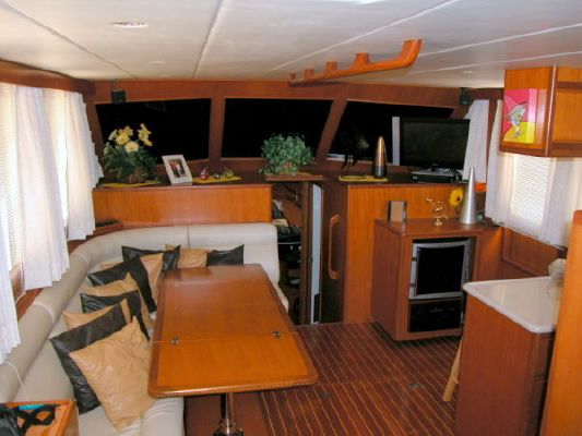 Novatec Sundeck Fast Trawler Wide Body 2002 Trawler Boats for Sale