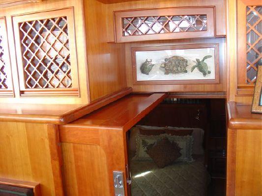 2002 president trawler reduced  35 2002 President Trawler REDUCED