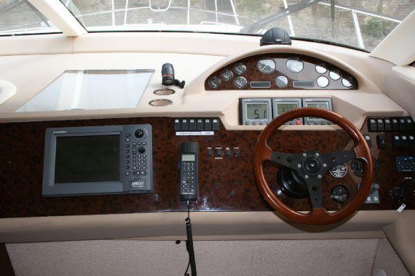 2002 princess 45 flybridge  5 2002 Princess 45 Flybridge