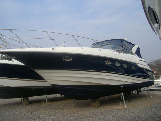 Regal 4260 COMMODORE 2002 Regal Boats for Sale