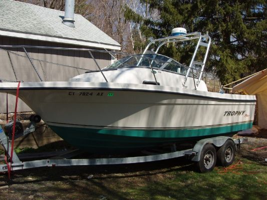 2002 Trophy 2052 Walkaround Boats Yachts For Sale