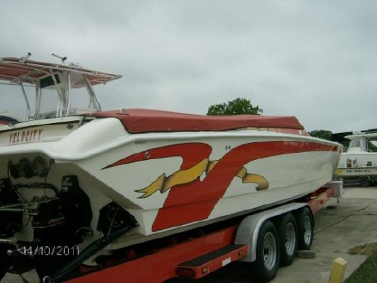 Velocity 390 **Lower Price** 2002 All Boats