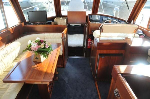 Boats for Sale & Yachts Austin Parker 42' 2003 Motor Boats