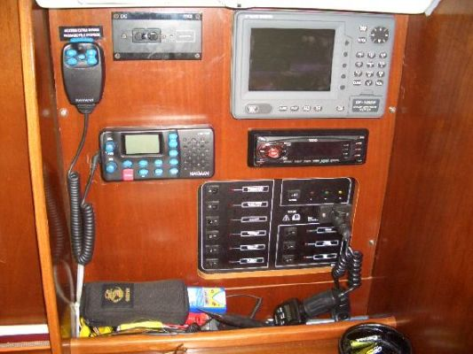 2003 beneteau ocanis clipper 311  3 2003 Beneteau Oc�anis Clipper 311
