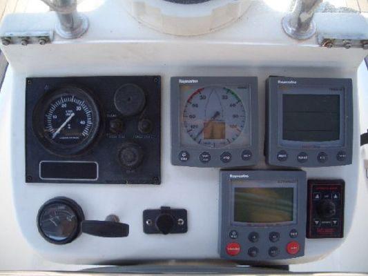 2003 beneteau ocanis clipper 311  6 2003 Beneteau Oc�anis Clipper 311