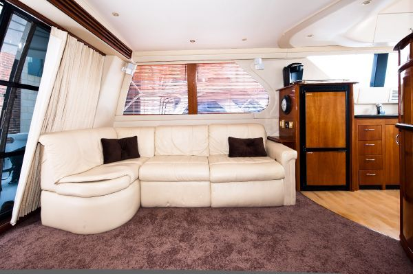 Carver 45' Voyager 2003 Carver Boats for Sale