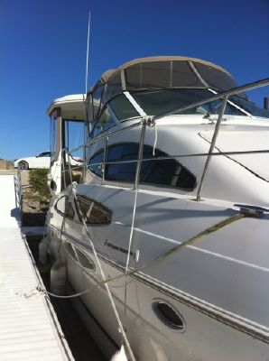 Cruisers 405 Express MY 2003 Cruisers yachts for Sale