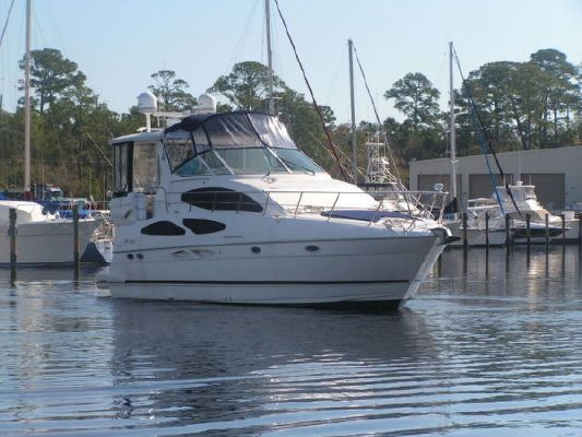 Cruisers 4050 Express MY 2003 Cruisers yachts for Sale