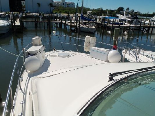 Cruisers 4050 Motor Yacht Express 2003 Cruisers yachts for Sale