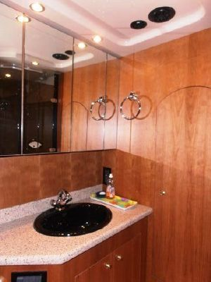 Cruisers 4450 Express Motor Yacht 2003 Cruisers yachts for Sale Motor Boats
