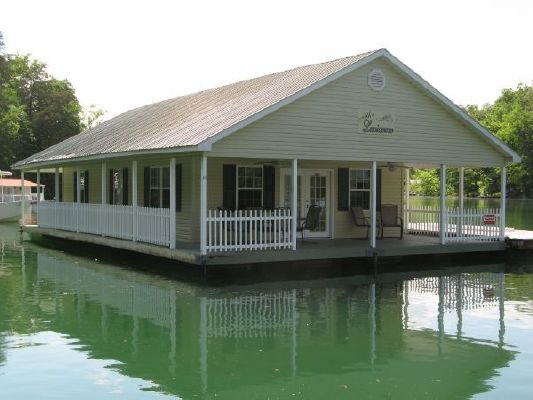 2003 custom 24 x 43 floating cottage 1030 sqft boats for Custom cottages for sale