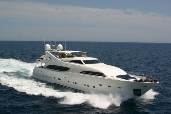 Ferretti Custom Line 112 2003 All Boats