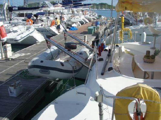 Lagoon Lagoon 380 2003 All Boats