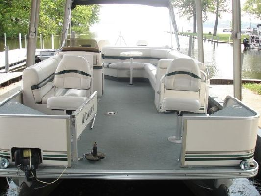 Monark Signature 240 Fish and Cruise 2003 All Boats