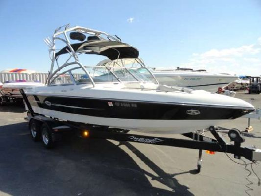 Tige 22I LIMITED 2003 All Boats
