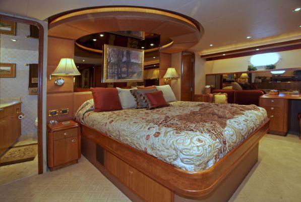 Westport Raised Pilothouse, 2004 Model 2003 Pilothouse Boats for Sale