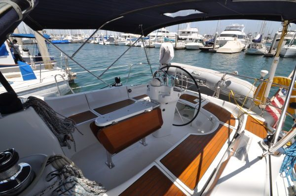 Beneteau 423 New Listing! 2004 Beneteau Boats for Sale