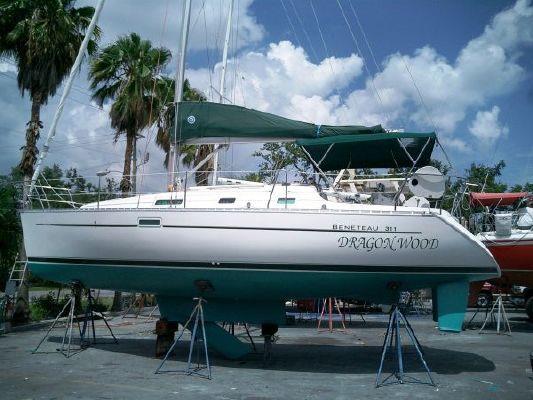 2004 beneteau swing keel 311  1 2004 Beneteau Swing Keel 311